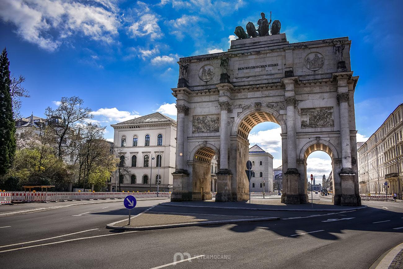 Siegestor Triumphal Arch, Munich