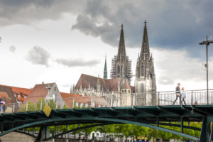 regensburg-St-Peter-Cathedral-bridge-2