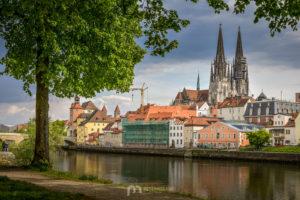 regensburg-St-Peter-Cathedral-donau-spring