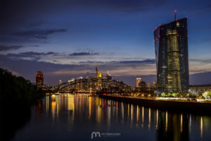 skyline-frankfurt-am-main-silhouette-skyscrapers-night-5