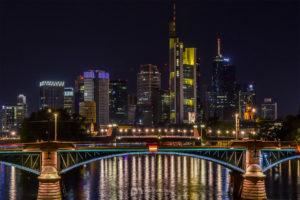 skyline-frankfurt-am-main-silhouette-skyscrapers-night-buildings